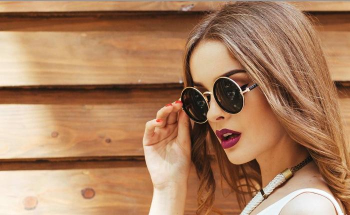catalogues des chapeaux et lunettes